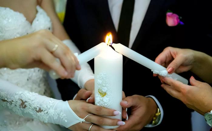 зажигание семейного очага на свадьбе