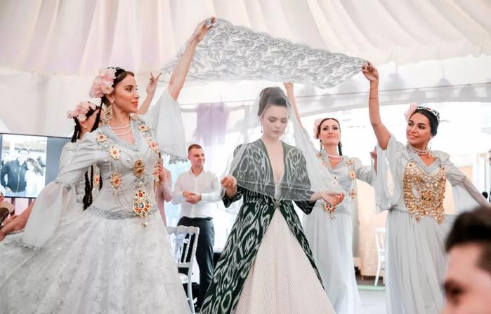 вход узбекской невесты