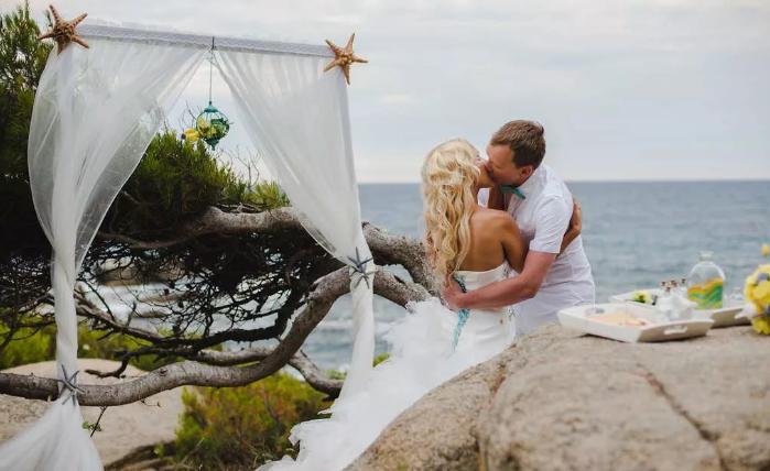 свадебный поцелуй на Мальте