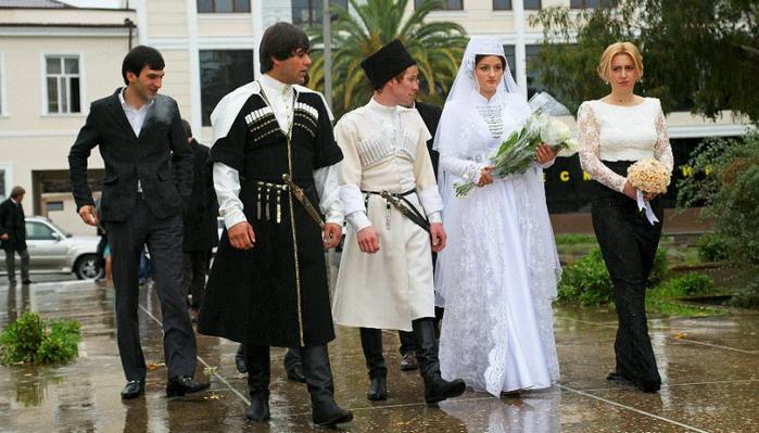 жених и невеста в Абхазии