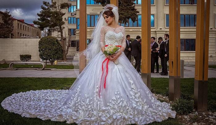 невеста у загса