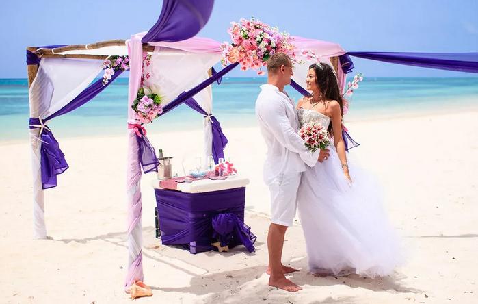 символическая свадьба у моря