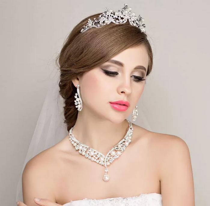 невеста с короной