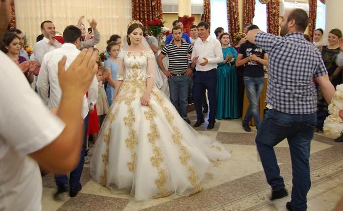 танец перед невестой