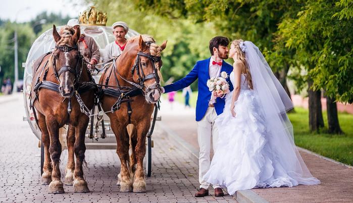 свадебная повозка
