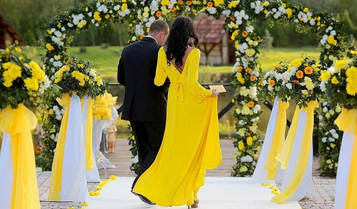 жёлтая свадьба