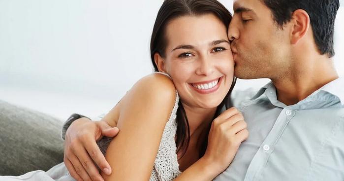 поцелуй мужа