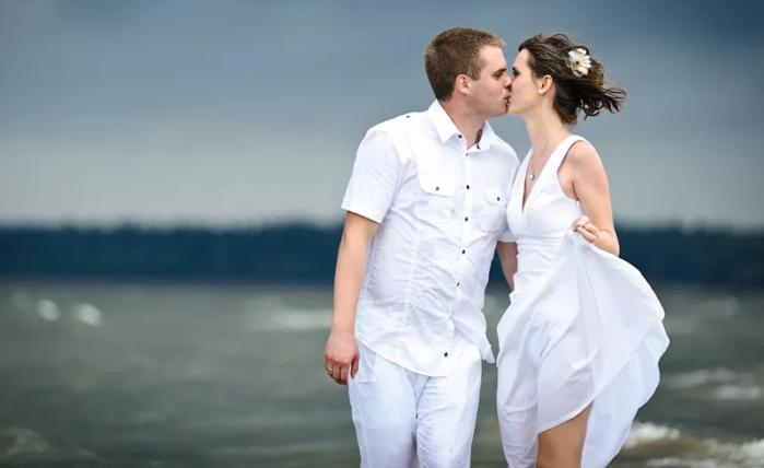 свадьба для двоих на море