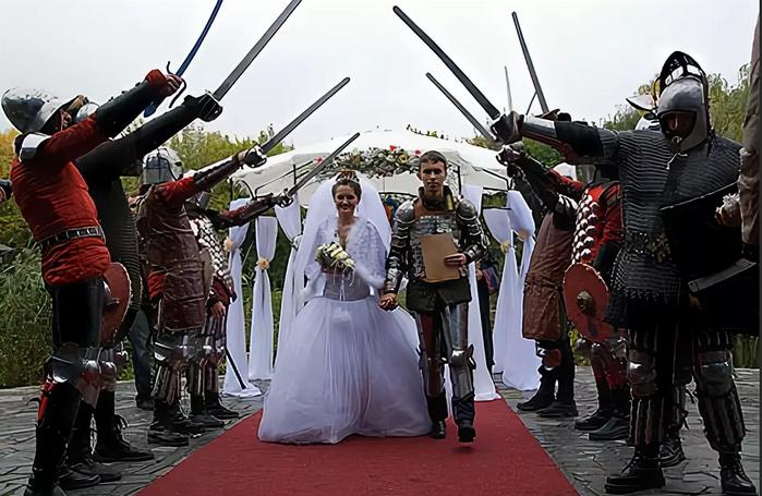 вариант встречи молодых на свадьбе