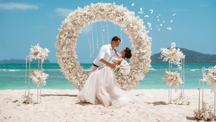 свадьба возле моря
